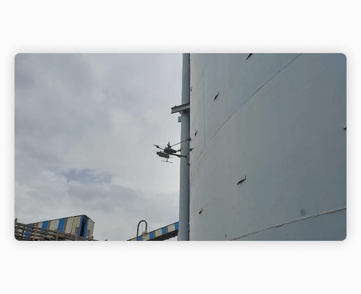 Image of drone detecting anomalies real-time